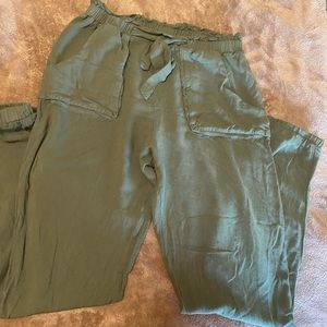 """Olive Green """"Cargo"""" Joggers"""